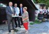 Igor Choma so seniormi otvorili nové denné centrum vTrnovom