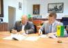Igor Choma a Dušan Dvořák pri podpise memoranda
