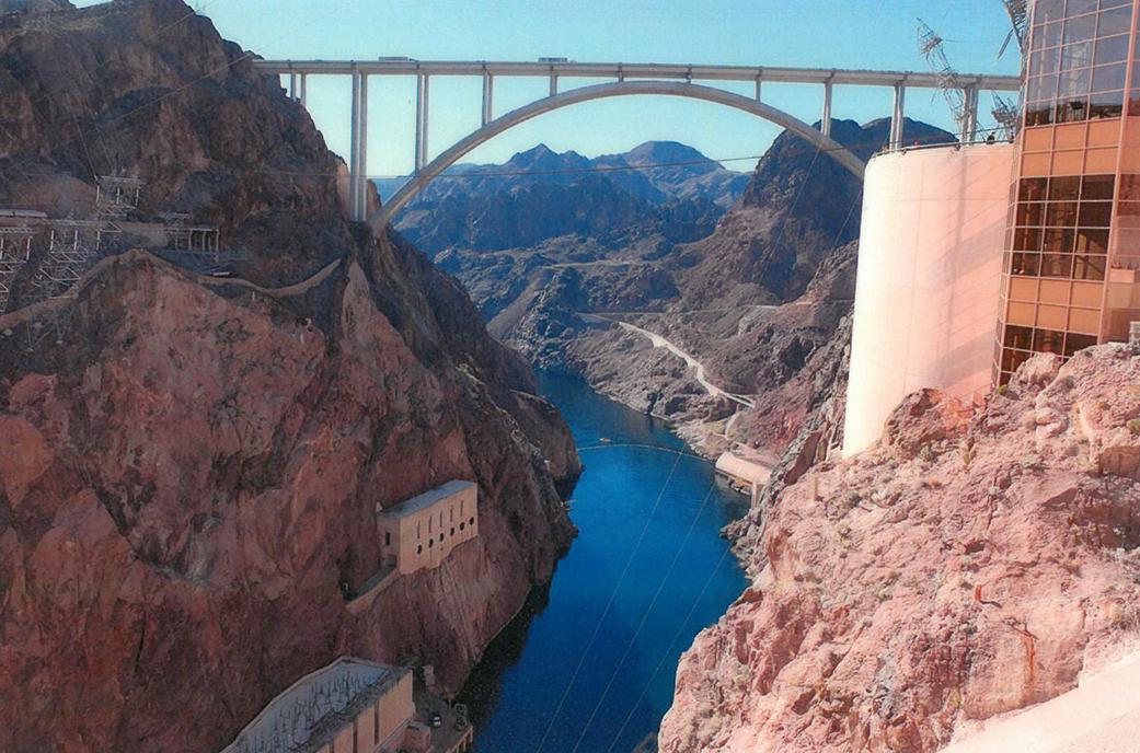 Gigantická priehrada Hoover Dam
