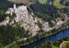 Župný hrad Strečno sa môže zrútiť na frekventovanú medzinárodnú cestu