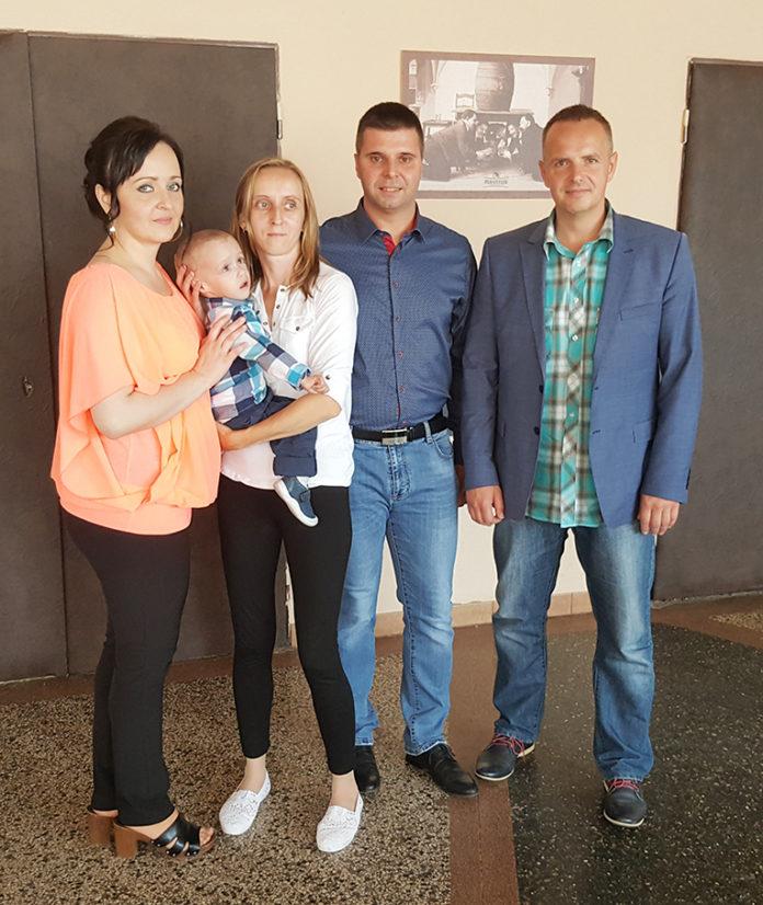 Zľava: Janka Ponechalová, Margita Svrčková so synom Martinkom, Ľubomír Ponechal a Patrik Groma