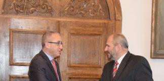 Veľvyslanec Štátu Izrael J. E. Zvi Aviner Vapni s primátorom